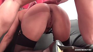 hot young girl toying pussy