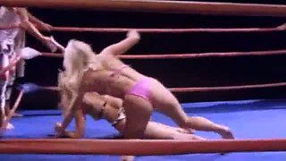 Catfight chicks fucks one dude right in the ring