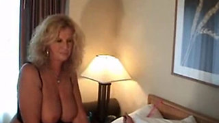 Anneke Van Buren - Hot & Wants It Kinky