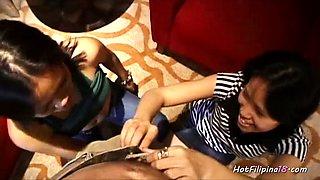 Amateur Filipina sluts giving head
