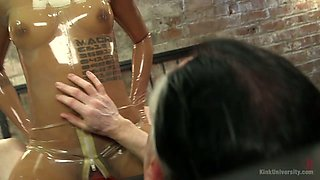 Kinky dude fucks sex-hungry Latex bitch Jessica Creepshow