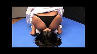 aggressive nude facesitting in catfight