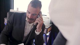 Phat Secretary Taking Care Of Boss' Dick
