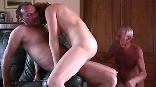 Amateur mature cuckold threesome 1