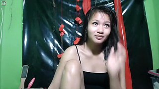 Horny webcam Filipina, Asian video with anndrtyb1tch69 slut.