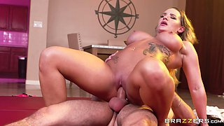 Insatiable Cali Carter shows off her amazing sexual skills
