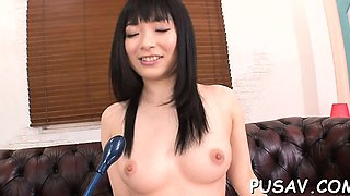 Floozy with shaved cunt stimulates her clit in pleasure