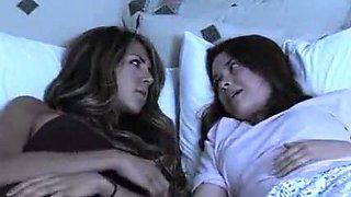 Amazing Lesbian, Bathroom sex video