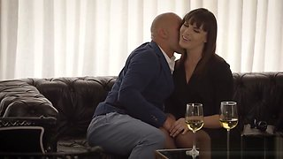 Cheating wife Dana DeArmond loves anal