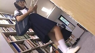 Japanese School Girl Gets Fingered To An Orgasm In A Library