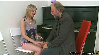 Bearded old piano music teacher licks teenage pussy of his student