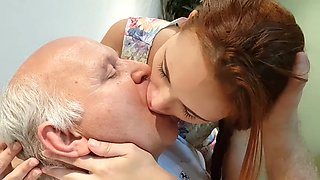 Zoey makes out with uncle albert