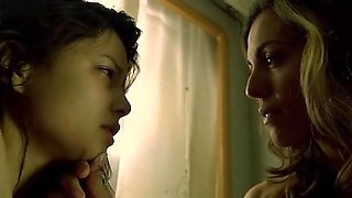 Corynne Heads,Natassia Malthe,Lydia Ruth Lopez in Slave (2009)