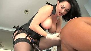 Chubby brunette damsel RayVeness dominates her horny bald lover