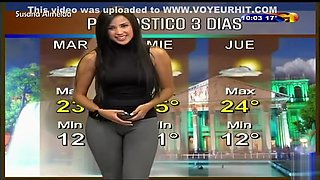 Stunning cameltoe on the Latina weather girl