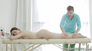 Teen Gets A Massage And Then A Dick Inside Of Her