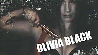 Olivia Black strapon