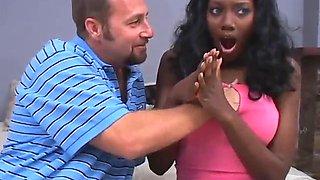 ebony slut gets her gash stuffed with dick