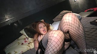 Drunk Ginger Roxy Gaping And Stretching Her Pussy With Glowsticks - EuroCoeds