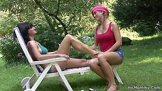 Busty mature mom fucks Czech teen outdoor