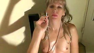 Wishvideo - smoking sexy in stockings