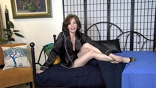 Loving Mother - Mrs Mischief taboo fantasy (step) mom pov