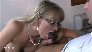 Mature blonde uses her fiery pussy on a young boy