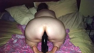 Phat bottom bbw riding monster dildo