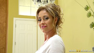 Busty Eva Notty impales herself on the cock as fast as possible