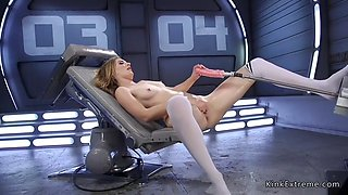 Solo blonde gets machine in wet pussy