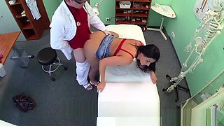 Busty sexy mature MILF helps the doctor relieve some sex