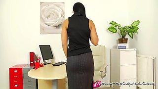 victoria a secretary nylons