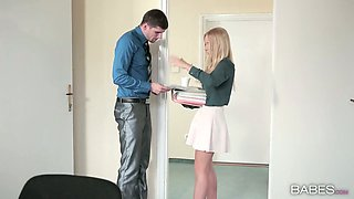 Sassy blonde gal Kiara Lord gets her moist slit poked well