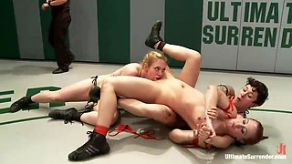 Lick Her Pussy From Behind While Wrestling