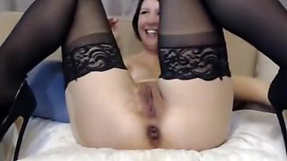 m0llyhendricksxxx glass anal dildo and gaping ass