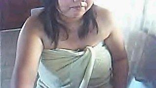Chubby Filipina milf talks dirty in her bedroom