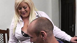 Blonde secretary spreads legs for boss