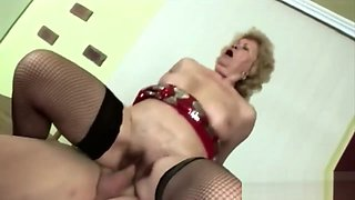 Plump granny married young thick horny dick abused her mature pussy
