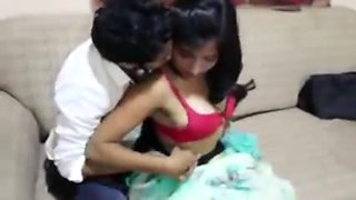 Office boy romance with bosss sexy wife in house