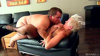 Short haired blonde MILF Alyson Queen fucks a midget hardcore