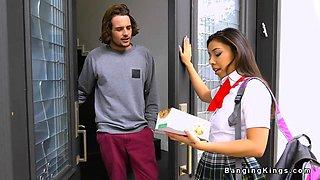 Latina schoolgirl bangs her client