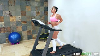 Big tittied topless babe Ella Knox is jumping and running at the gym