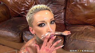 Oiled up sex goddess 	 Bella Bellz spreads her legs for a penis