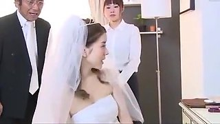 Japanese bride gets fucked by husband friend (Full: bit.ly/2Odtl7r)