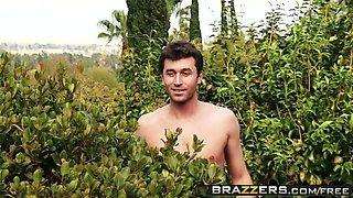 brazzers - mommy got boobs - backyard boobies scene starring